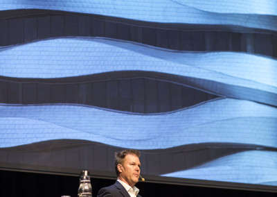 Stephen Boyd från kanadensiska DIALOG Design föreläser om Riding the Wind